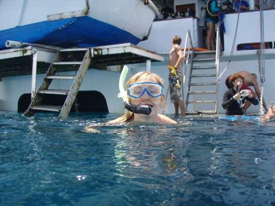 Reef Encounter Cruise
