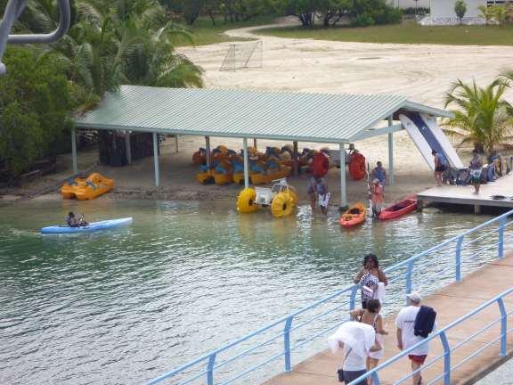Mahogany Bay Isla Rotan Honduras