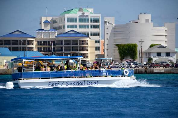 catamaran for reef & snorkel cruise ship shore excursions, Grand Caymam