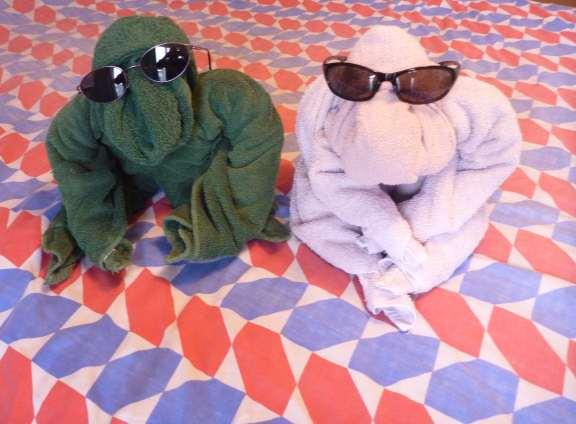 how to make a towel gorilla