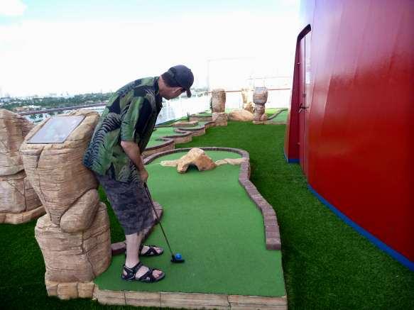 golf ob Carnival Liberty