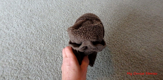 towel gorilla head