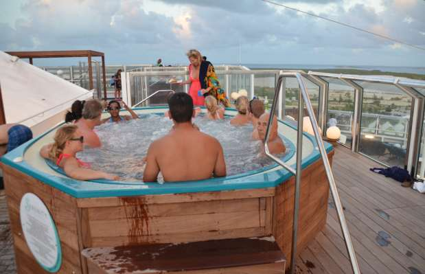 Hot tub, Carnival Liberty Serenity Deck
