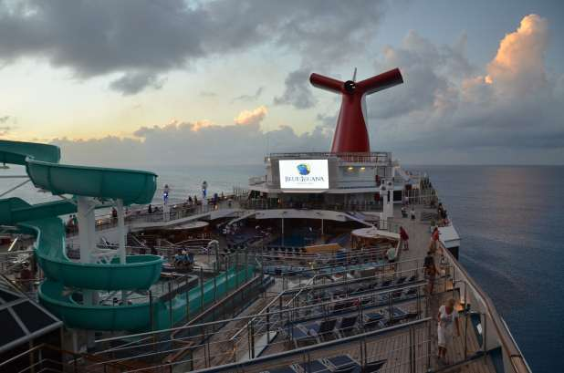 movies on the Lido Deck