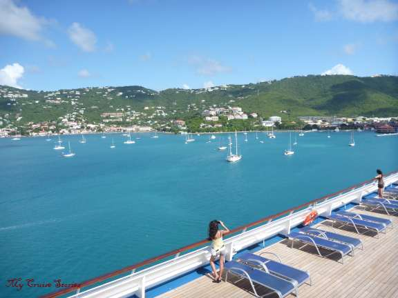 Saint Thomas by day