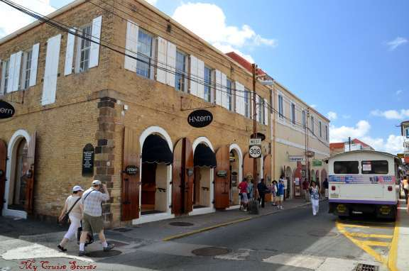 shops in St Thomas