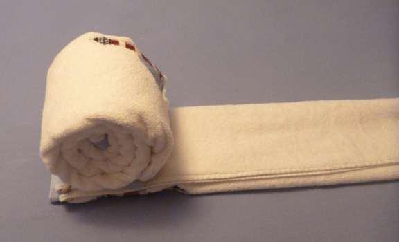 towel cake folding