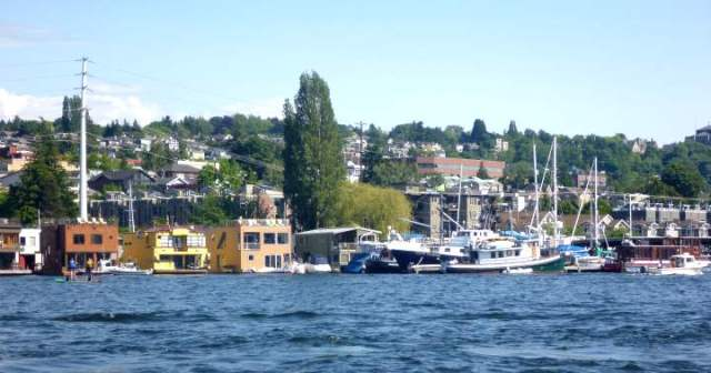 ride the duck tours point out which houseboat was in Sleepless in Seattle
