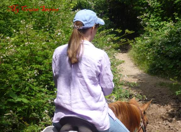 trail riding with flexi clip in pony tail