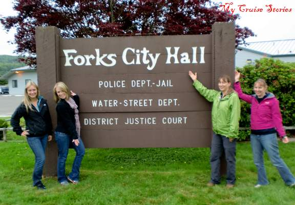 sign at Forks City Hall