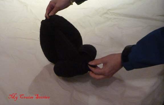 making a towel animal body