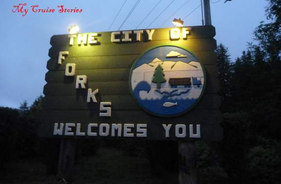 Forks welcome sign