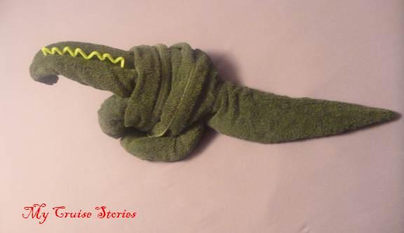 how to fold a towel dinosaur