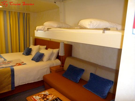 bunk bed room, Carnival Breeze