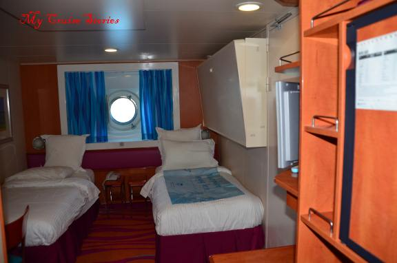porthole cabin on Norwegian Pearl