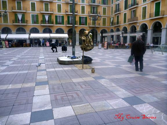 creative beggars of Spain