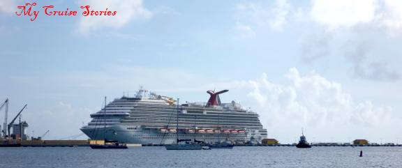 Carnival Breeze in Saint Martin