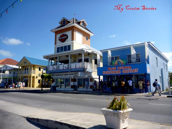 touristy shops in Georgetown Grand Cayman