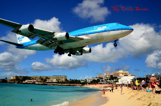 people go to Maho Beach to get pictures of these large jets overhead