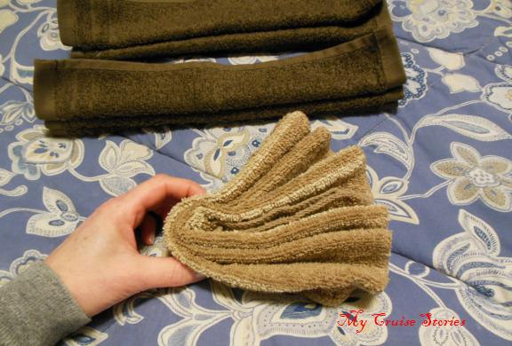 folded towel fans become a towel turkey tail