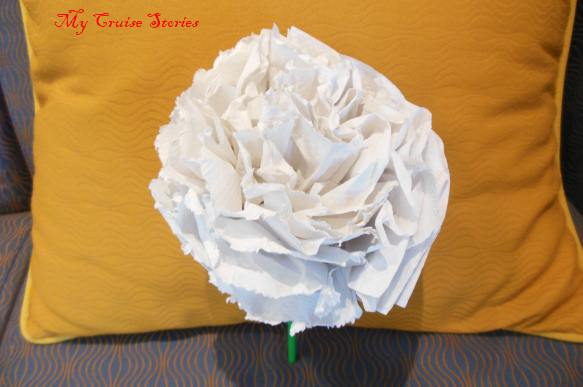 flower made from paper towels and a straw