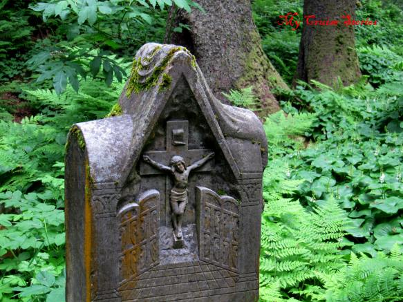 old Russian cemetery in Sitla