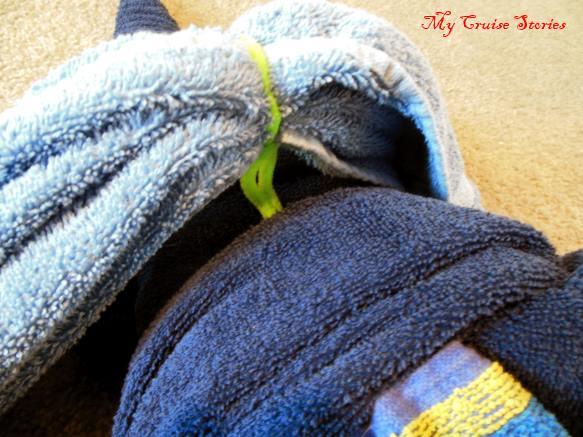 steps to towel animal folding