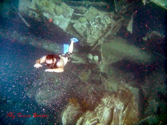 Aruba wreck diver