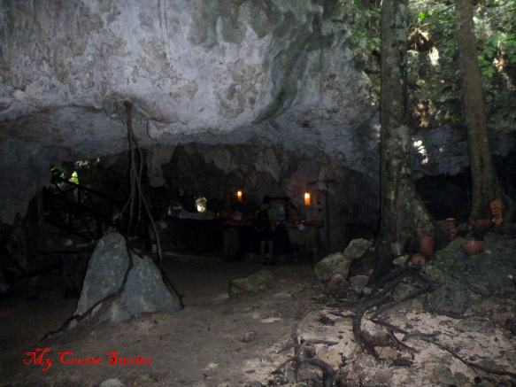 Mexican lunch buffet in a dry cave