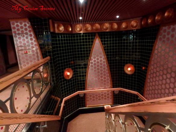 Carnival Splendor decor
