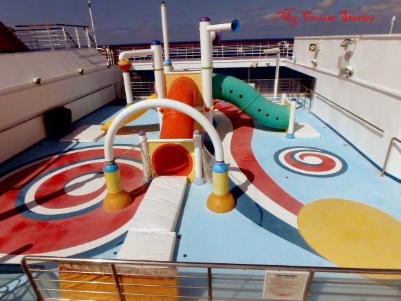 Carnival Splendor splash park