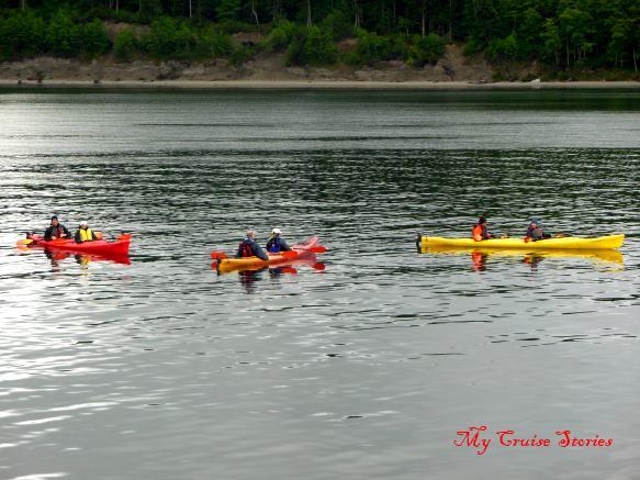 kayaks on the paddle