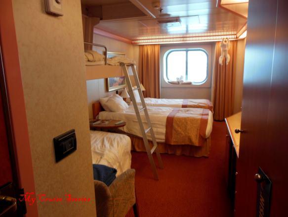 cruise ship cabin sleeps 4