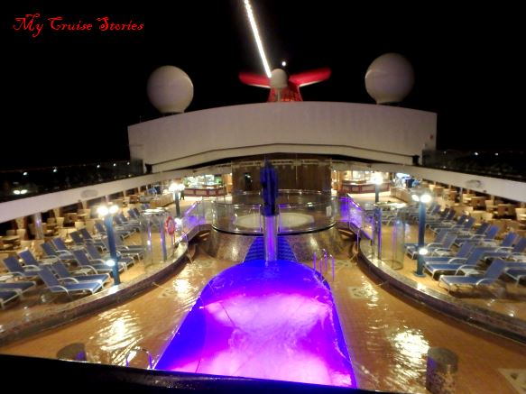 cruise ship pool