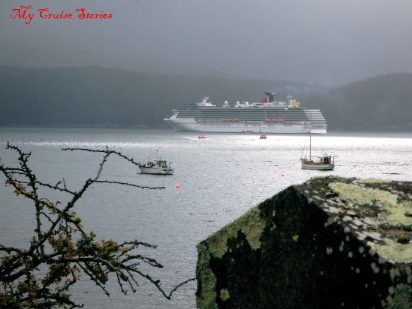 cruise ship in Tasmania