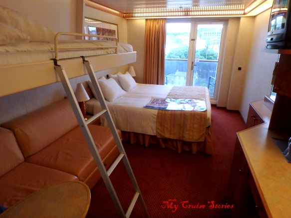 family cruise ship cabin