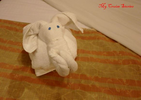 towels folded into an animal