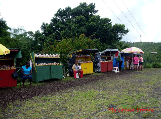 street vendors are everywhere in Grenada