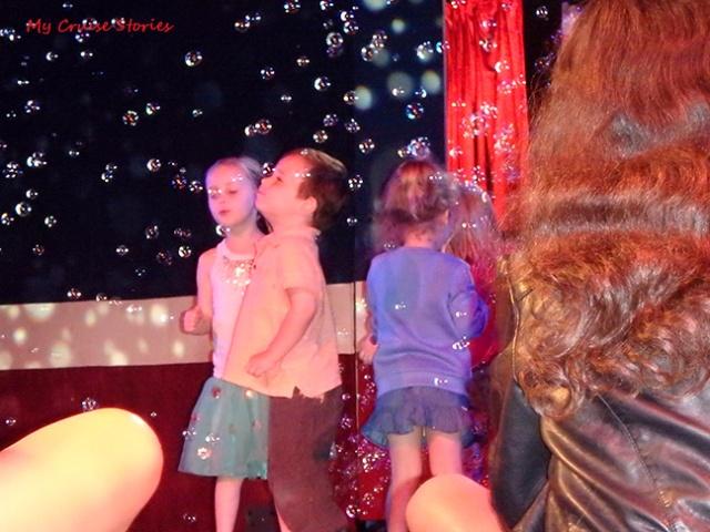 kids like bubbles