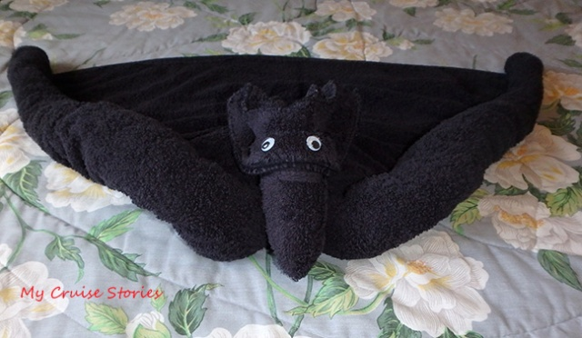 How To Fold a Towel Bat | Cruise Stories I Finished My Bat on