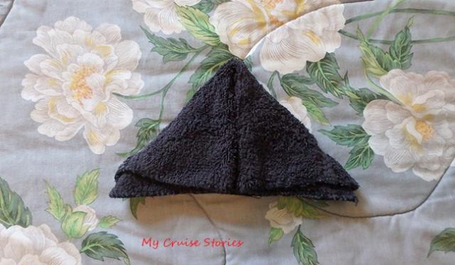 washcloth triangle