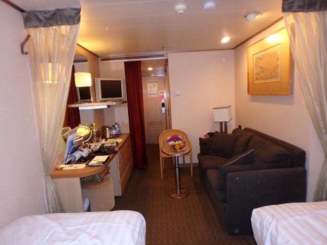 cruise ship cabin