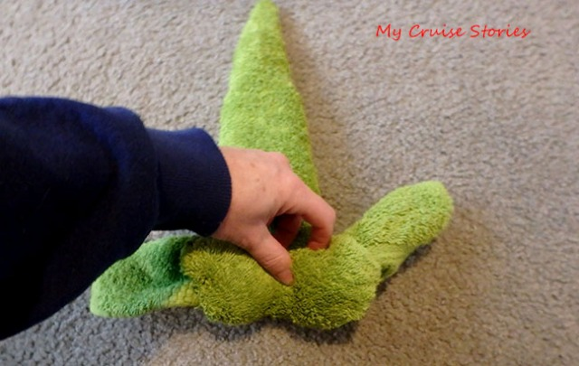 step by step towel folding directions