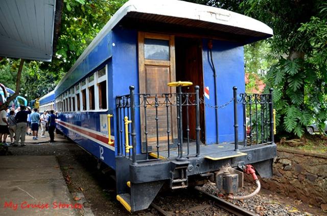 train in costa rica
