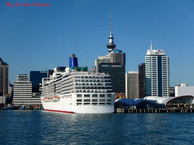 cruise ship New Zealand