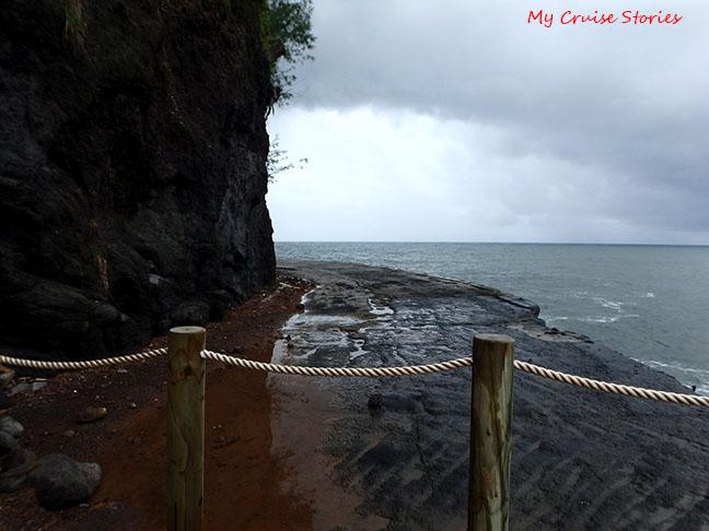 old road at Arahoho blowholes