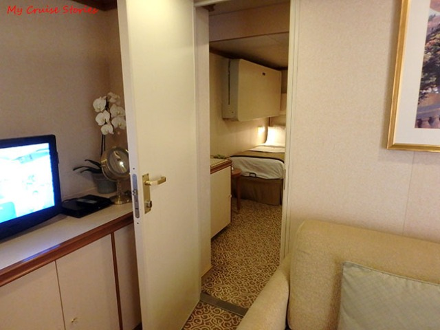 adding more space to a cruise ship cabin