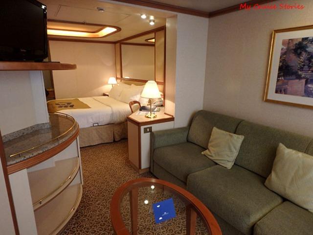 cruise ship mini suite