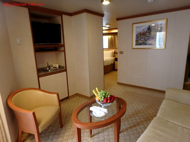 premium cruise ship suite