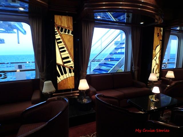 cruise ship Piano Bar